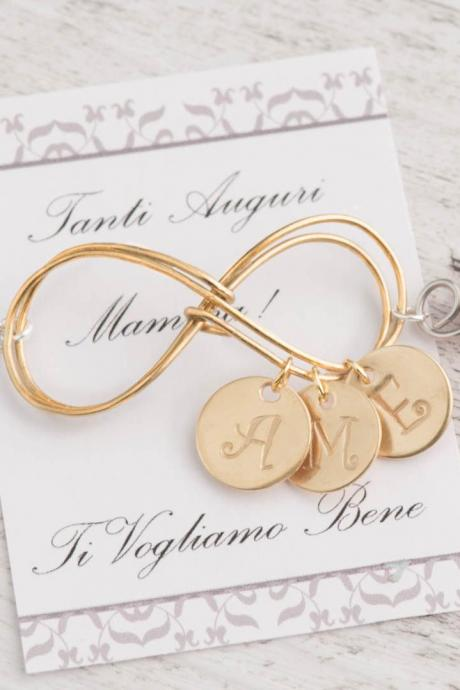 new mom bracelet with 3 gold family charms as pearl infinity bracelet - pearl mom bracelet with gold 3 initials for mom from 3 daughters -