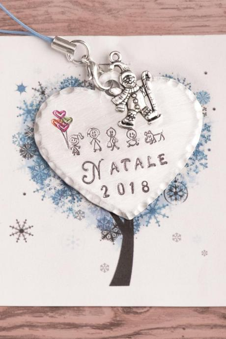Our first Christmas decoration tree 2018. Engraved Family keepsake
