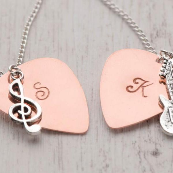 Hand stamped custom initial guitar pick,  boyfriend birthday gift with 1 initial pick - guitar plectrum as metal pick as boyfriend pick - engraved pick as gift for dad from daughter
